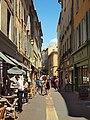 Aix-en-Provence-FR-13-rue Chabrier-01.jpg