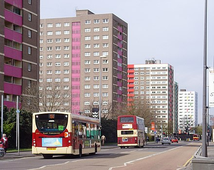 High-rise housing on Anlaby Road Anlaby Road, Hull - geograph.org.uk - 777489.jpg