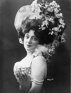 Anna Held Polish-born French and later Broadway stage performer and singer