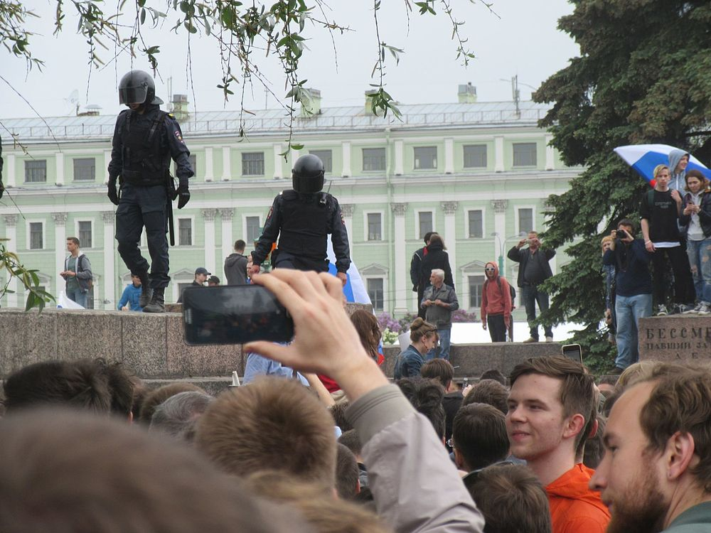 Anti-Corruption Rally in Saint Petersburg (2017-06-12) 51.jpg