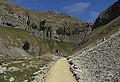 Approaching Gordale Scar - geograph.org.uk - 1260675.jpg
