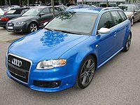 Audi RS4 thumbnail