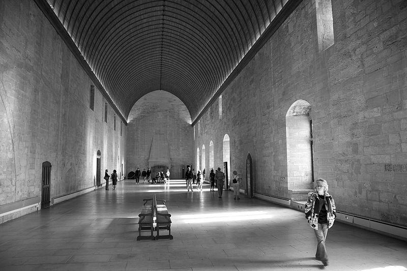 Avignon Pope Palace audience room.jpg