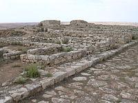 Azaila - Vista de la acrópolis.JPG
