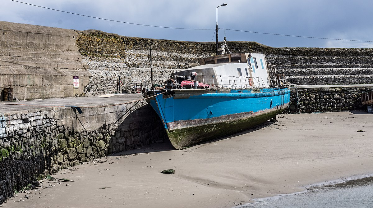Px Balbriggan Harbour C The Portisham Is A Privately Owned Minesweeper Panoramio