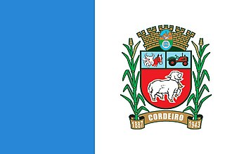 Cordeiro, Rio de Janeiro - Image: Bandeira cordeiro