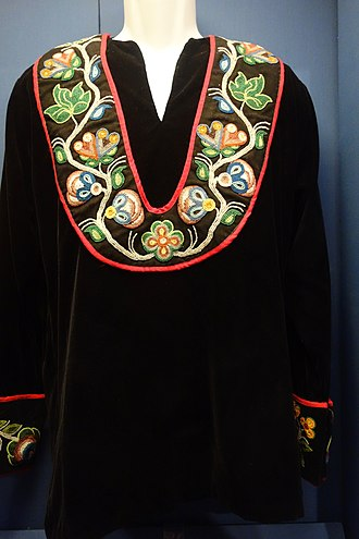 Native American fashion - Ojibwe beaded velvet shirt, Wisconsin
