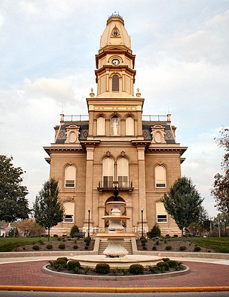 Logan County, Ohio - Image: Bellefontaine ohio courthouse fountain