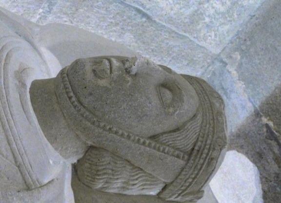 Sepulcro de Berenguela de Barcelona. Esposa do emperador Afonso VII (m. 1149)