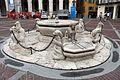Bergamo, piazza vecchia, fontana del 1780 donata da alvise II contarini.JPG