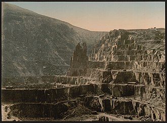 Geography of Wales - Penrhyn Quarry in about 1900