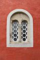Bifora na fasadi crkve u manastiru Žiča, Srbija.jpg