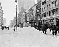 Blockaded cars on 23rd St., New York.jpg