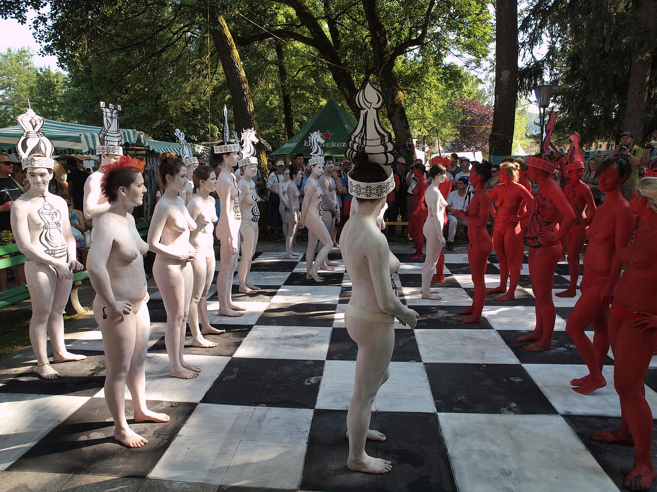 File Body Painted Chess 6 Jpg Wikimedia Commons