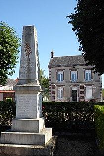 Boncé mairie monument aux morts Eure-et-Loir France.jpg