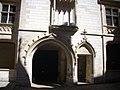 Bourges - palais Jacques-Cœur, cour (13).jpg