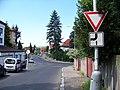 Braník, U háje, křižovatka s ulicí Za skalkou.jpg