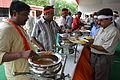 Breakfast Distribution - Rawatpura Sarkar Ashram - Chitrakoot - Satna 2014-07-05 6358.JPG