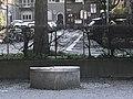 Brunnen (Kindergartengebäude) Wiedikon.jpg