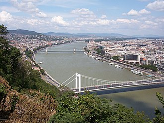 Vata pagan uprising - View of Budapest from Gellért Hill, looking North