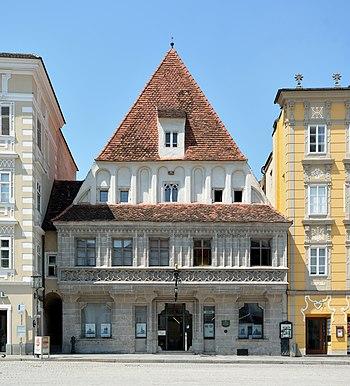 Bummerlhaus Stadtplatz 32 Steyr DSC 2800w.jpg