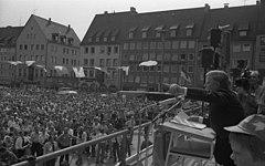 Bundesarchiv B 145 Bild-F056099-0005, Nürnberg, SPD Europa-Wahlkampf, Schmidt.jpg