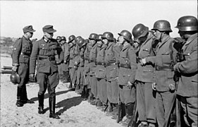 Bundesarchiv Bild 101I-178-1538-05A, Griechenland, Appell von Hilfstruppen der Wehrmacht