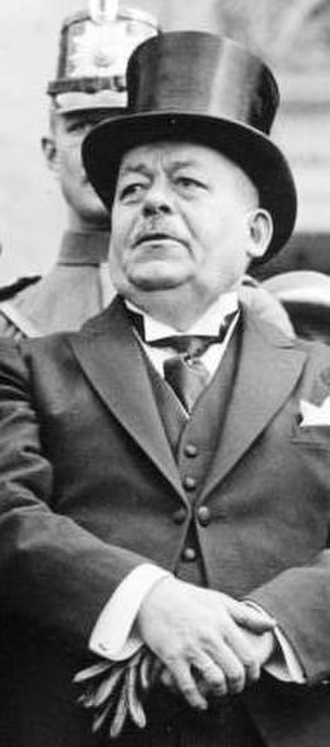 "Stab-in-the-back myth - Reichspräsident Friedrich Ebert: (1923), as Provisional President of the Weimar Republic in 1919, he contributed to the myth, in telling home-coming veterans that ""no enemy has vanquished you""."