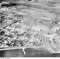 Bundesarchiv Bild 195-0704, Rheinbefliegung, Westhoven.jpg
