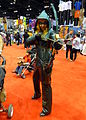C2E2 2014 - Green Arrow (14085583720).jpg