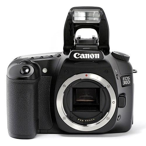Canon EOS 30D.jpg