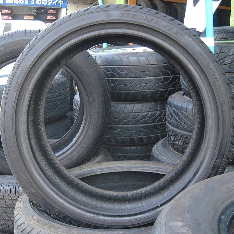 http://upload.wikimedia.org/wikipedia/commons/thumb/1/14/Car_tires.jpg/768px-Car_tires.jpg