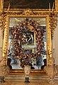Carlo Maratta e Giovanni Stanchi, Specchio dipinto con ghirlanda di fiori e quattro puttini.JPG