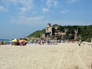 Playa de Tamarit - Wikimedia Commons