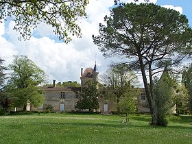rentals for vacation close to Le Château Malromé