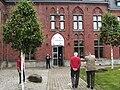 Charleroi - Musée de la photographie - entrée.jpg