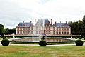 Chateau de Breteuil, de dos.jpg
