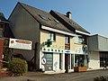 Chavagne-FR-35-commerce-pharmacie-1.jpg
