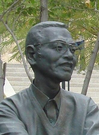 Chen's theorem - The statue of Chen Jingrun.