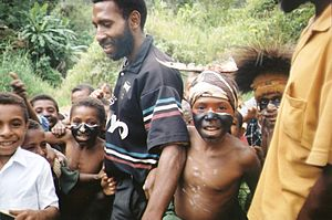 Culture of Papua New Guinea - Children dressed up for sing-sing in Yengisa, Papua New Guinea