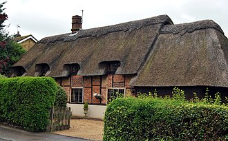 Chinnor - Thatched cottage in Chinnor