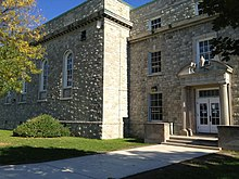 University at Buffalo - Wikipedia