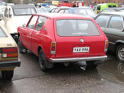 400px-Datsun_100A_estate_Lahti.JPG