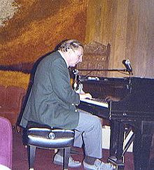 Jazz pianist Dave McKenna at the Village Jazz Lounge in Walt Disney World