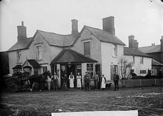 Davies' stores, (Llansanffraid-ym-Mechain?)