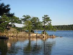 DeWolf Point State Park.jpg