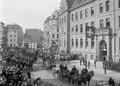 Defilee der Kavallerie am Petersgraben - CH-BAR - 3237380.tif