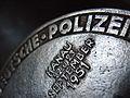 Deutsche Polizeimeisterschaft 1951 Hanau 22. bis 23. September 1951 Silbermedaille 100 Meter Lauf Frontseite 1.jpg