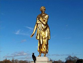 Hubert Le Sueur - Bronze statue of Diana by Le Sueur, Diana Fountain, Bushy Park