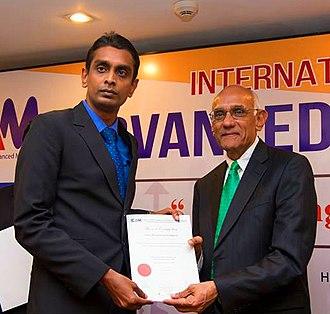 Dinesh Abeywickrama - Dinesh Abeywickrama with Prof. Parasuraman at International Conference on Advanced Markerting